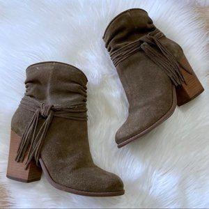Jessica Simpson Sesley Suede Block Heel Bootie 6
